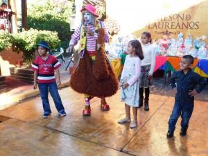 Los Niños se divirtieron d elo lindo con el Payaso Cuchufletas