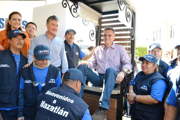 Mejoran imagen de plazuela Repúblcia de Mazatlán