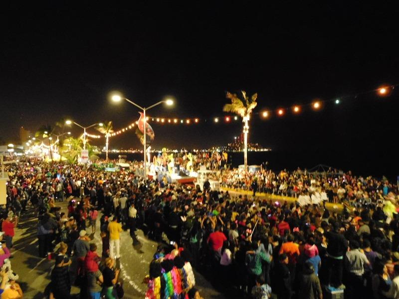 desfile-carnaval-mazatlan-2016-domingo-26
