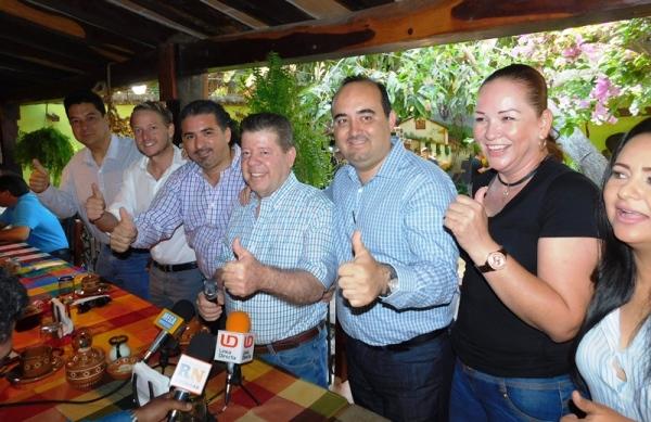 Fecanaco Sinaloa hy Canaco Mazatlán Arropan a El Quelite