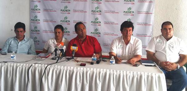 Fernando Pucheta Sánchez Candidato PRI Presidencia Mazatlán 2016 2017 Carnaval