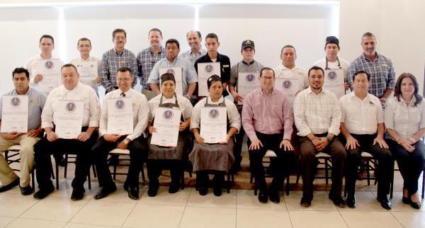 Hoteles El Cid Resorts Mazatlán y Colaboradores son Recertificados Distintivo H 2016