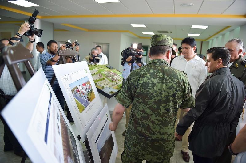 Peña Nieto Inauguración Hosiptal Militar Mazatlán 2016-22