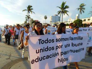 Marcha derecho influir contenido libros texto Mazatlán 2016