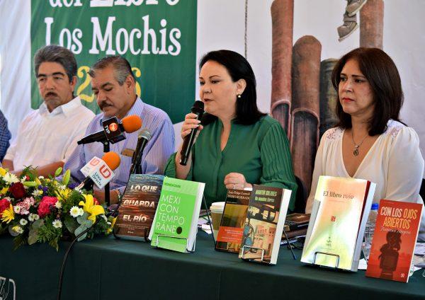 31-oct-2016-xv-confe-feria-del-libro-los-mochis-4
