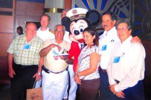 Hace poco menos de un mes, en un evento muy íntimo, locatarios, operadores turísticos, autoridades estatales, municipales y federales, ofrecieron sentidas muestras de cario y una cálida despedida al ahora extitular de API Mazatlán, Alfonso Gil Díaz.