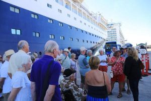Reciben en Mazatlán a décima naviera del año