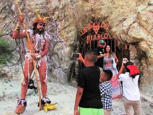 El Diablo Veranea en Mazatlán 2017